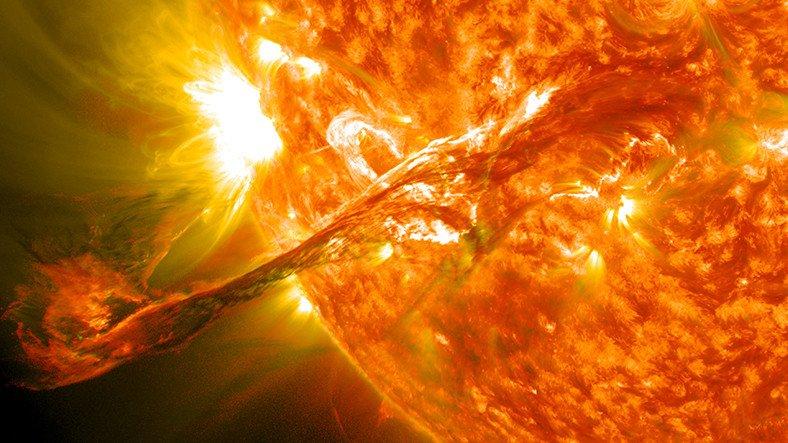 Beklenen Güneş Fırtınası İnternet'i Aylarca Kesebilir