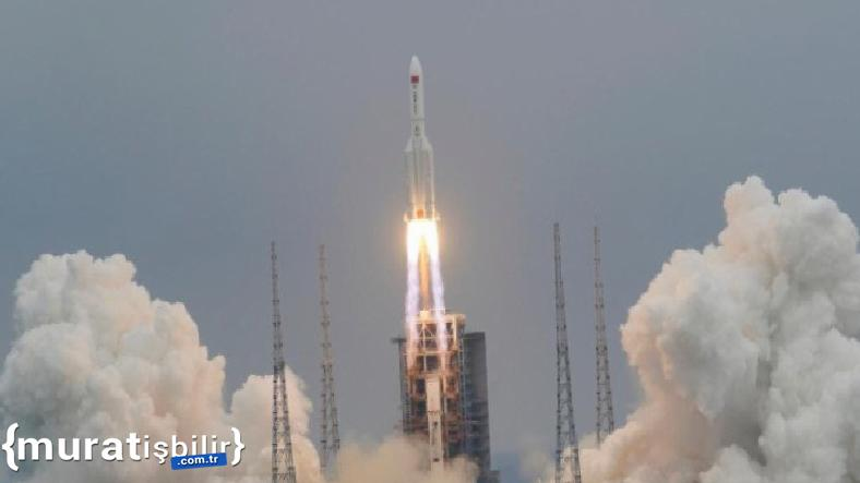 Çin Ay'a İnsanlı Roket Göndermeye Hazırlanıyor