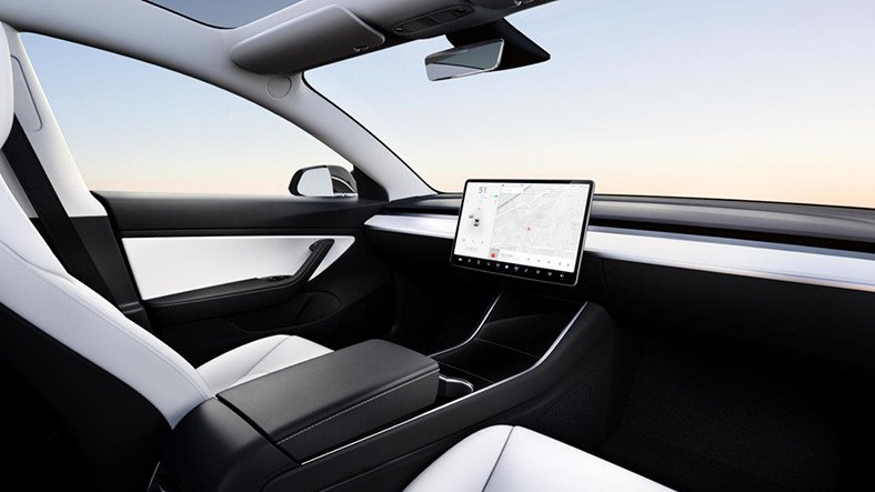 Elon Musk, Direksiyonsuz Bir Tesla Üretmeyi Planlıyor