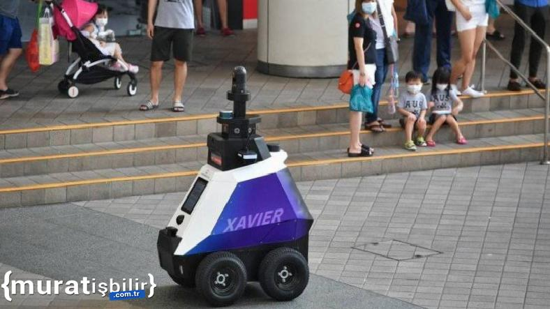 Singapur, 'Robot Devriyelere' Görev Verecek