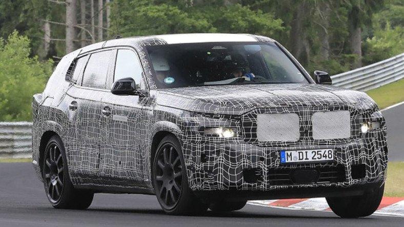 BMW X8'in Render Görüntüsü Paylaşıldı